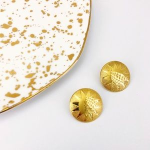 Jewelry - Vintage Gold Starburst Round Domed Stud Earring